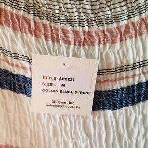 Style Envy Tops - NEW Style Envy Blush Stripe Short Sleeve Crop Top